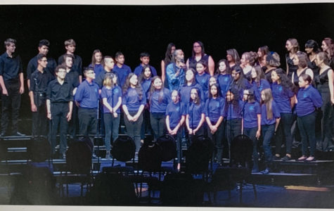 Choir Performs and Goes to Camp