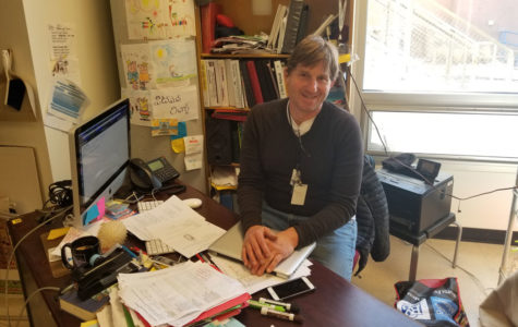 Mr. Pitman Wins Golden Apple Excellence in Teaching Award